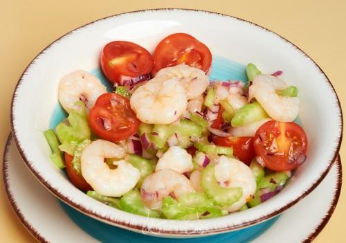 Salata de creveti cu ceapa