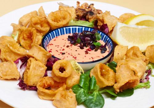 Livram la domiciliu Fritto calamari cu sos calypso in Timisoara