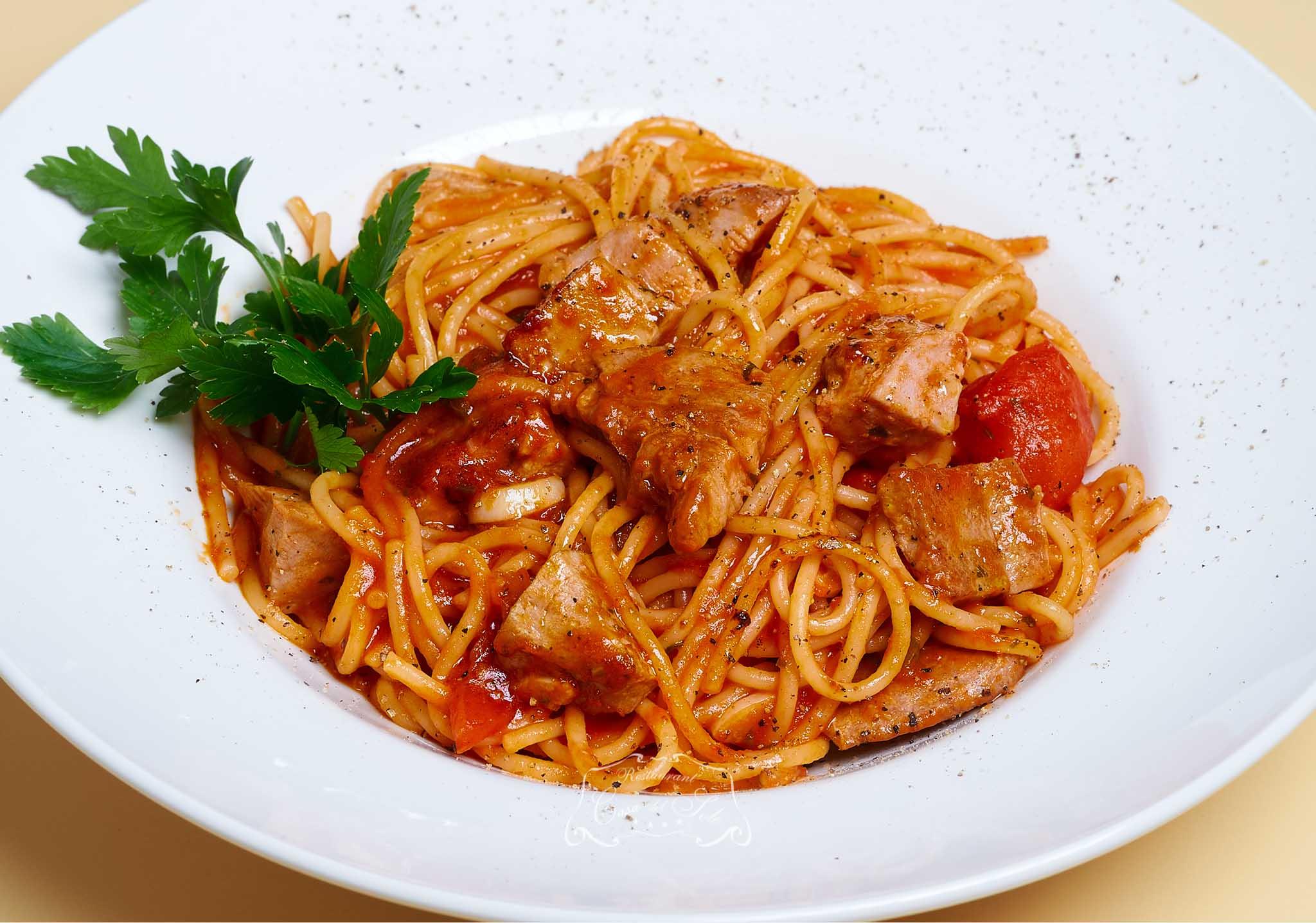 Livram la domiciliu Spaghete cu ton proaspat in Timisoara