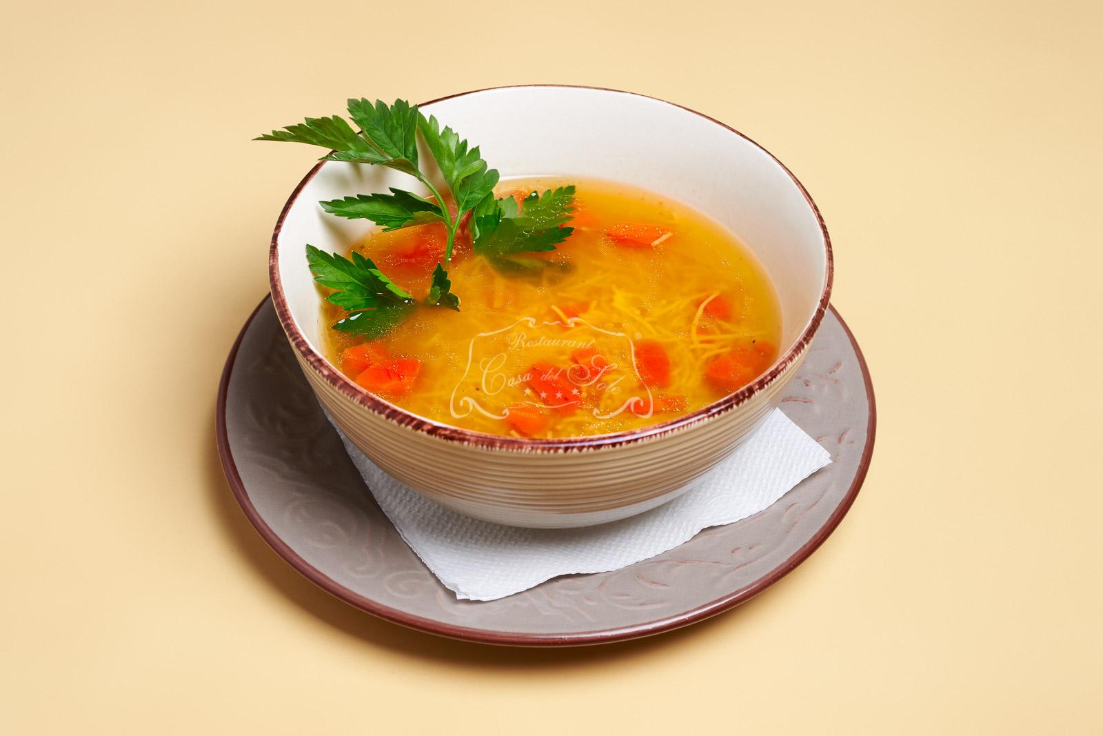 Supa de vita cu taitei de casa 1.4 kg livram acasa ori la birou in Timisoara